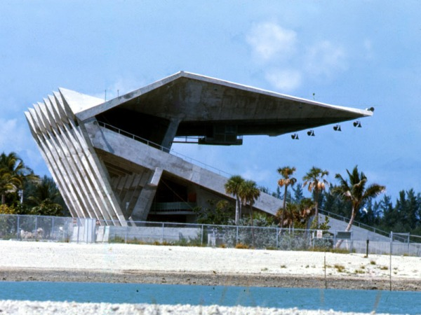 marine-stadium-side-view