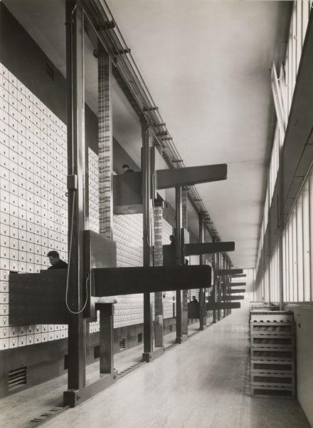 Vue du classificateur mécanique à alimentation électrique, Prague, 1936
