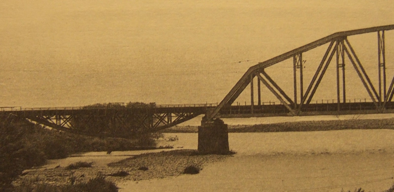 Shukhov_railway_bridge_over_Ashe_river_near_Sochi